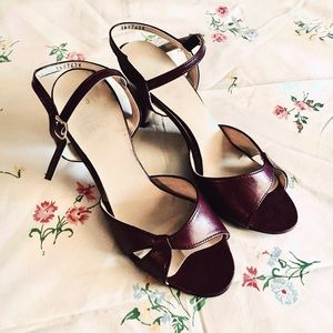 Vintage 70s womens sexy maroon high heel sandals